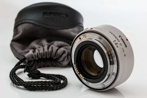 how to protect your digital camera with these travel photography tips 4