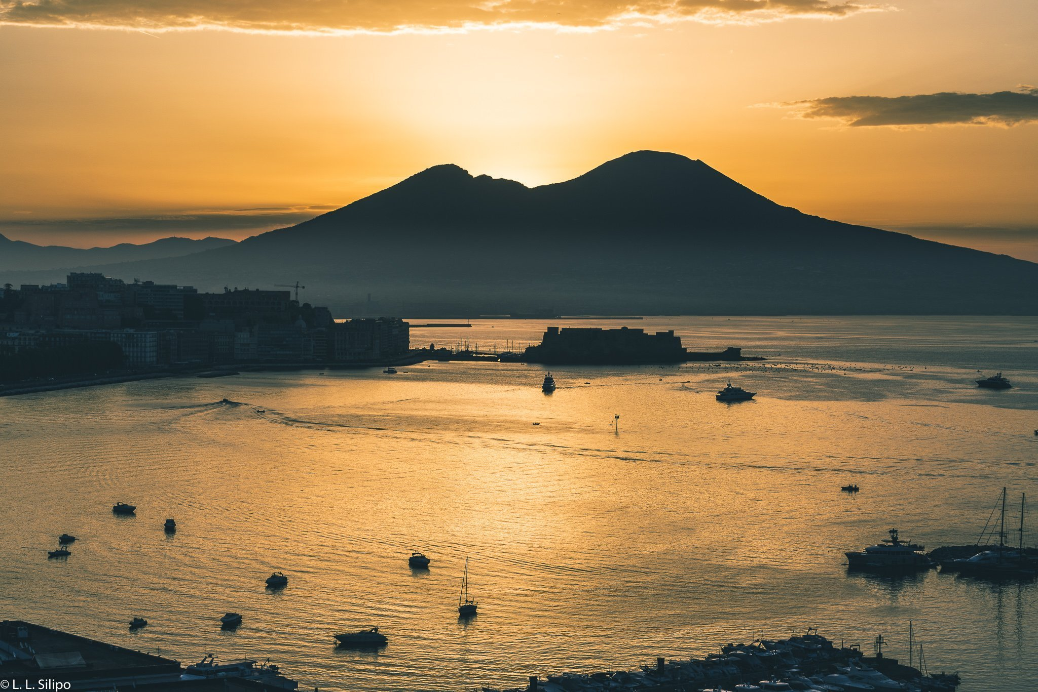 Landscape photography with 50mm lens, Napoli, background, bay, beautiful, city, coast, europe, italian, italy, landscape, mediterranean, morning, mountain, naples, nature, scenic, sea, sky, summer, sunrise, sunset, tourism, travel, vacation, vesuvio, vesuvius, view, volcano, water, world