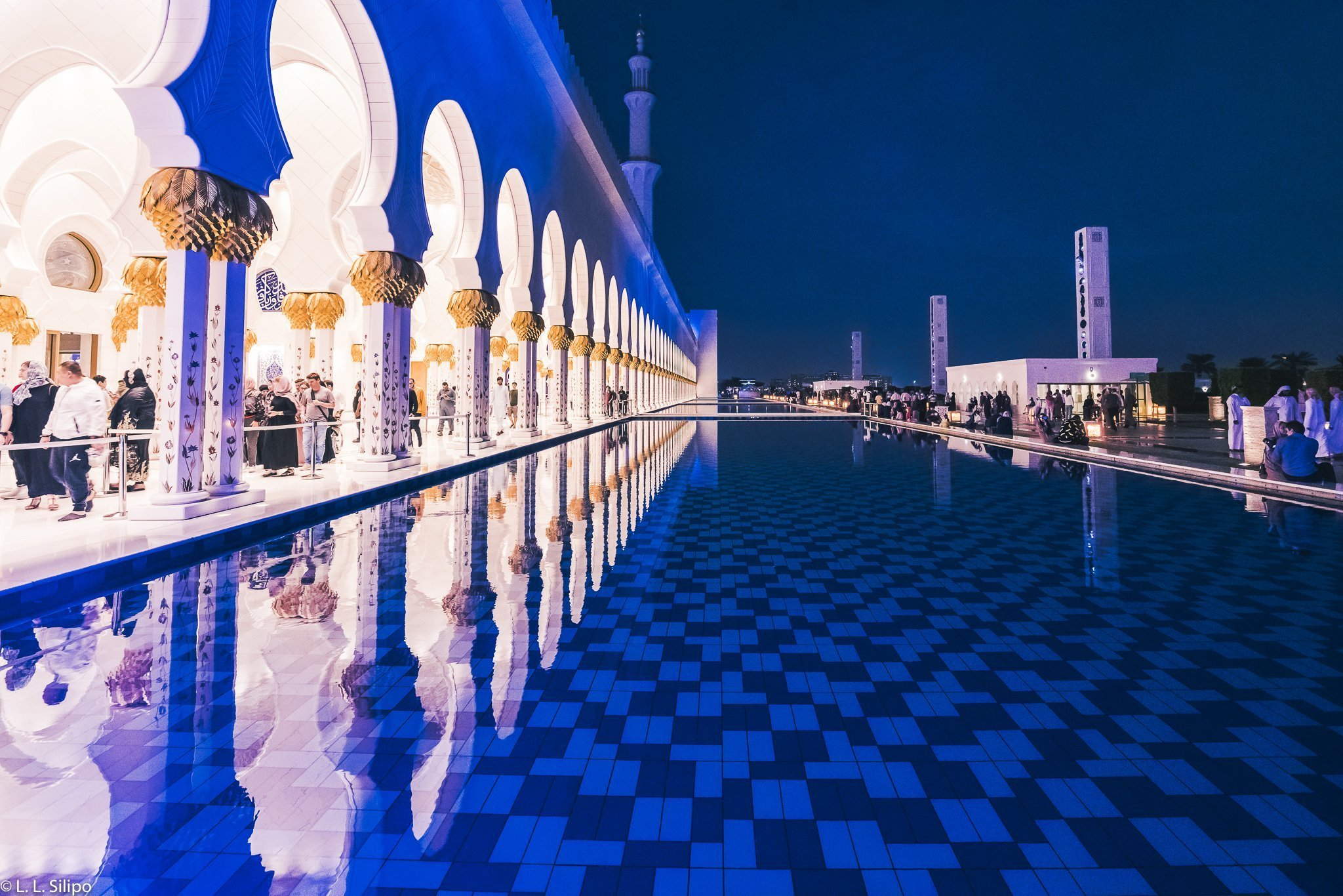 Grand, abu, arabic, architecture, belief, columns, culture, dome, dusk, evening, grand mosque, holy, illuminated, islam, islamic, landmark, lights, majestic, marble, minaret, mosque, muslim, night, palace, pillars, pray, prayer, religion, religious, sheikh sayed mosque, sheikh zayed mosque, stone, sunset, temple, uae, white, worship, zayed